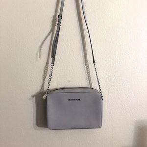 Michael Kors Croasbody Handbag in Pearl Grey